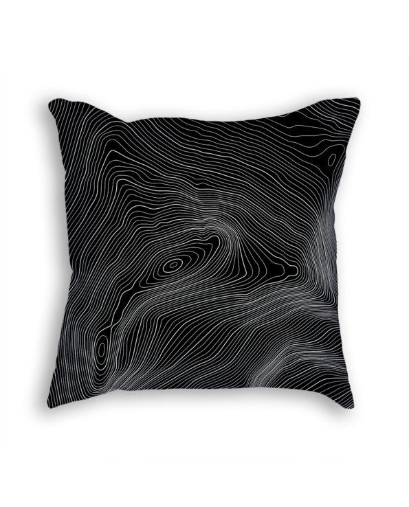 Aconcagua Russia Decorative Throw Pillow Black