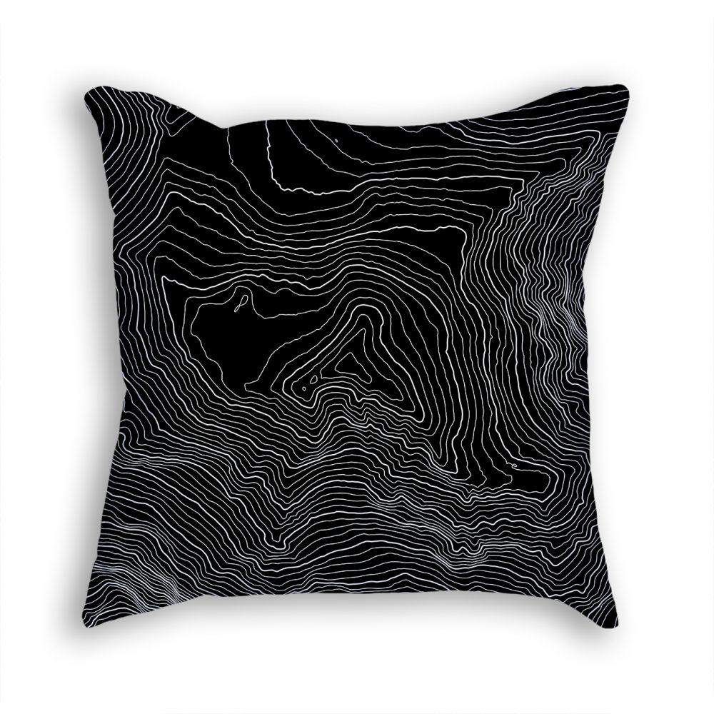 Denali Alaska USA Decorative Throw Pillow Black
